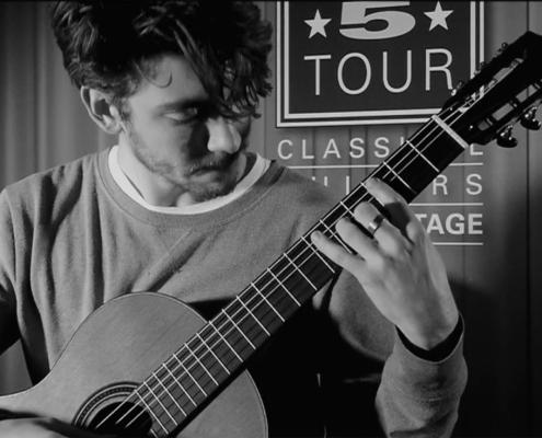 Simon Hertling Martinez Konzertgitarren