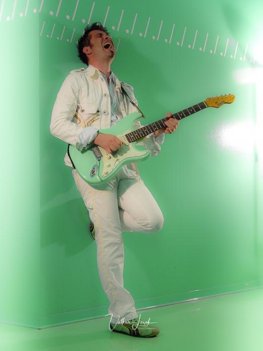 Timo Gross - BLADE Guitars